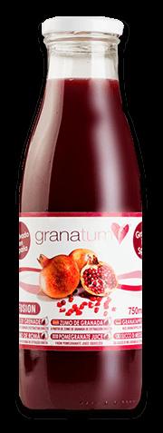 Ausgepresster Granatapfelsaft